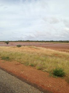 The road from Carnarvon to the Juction